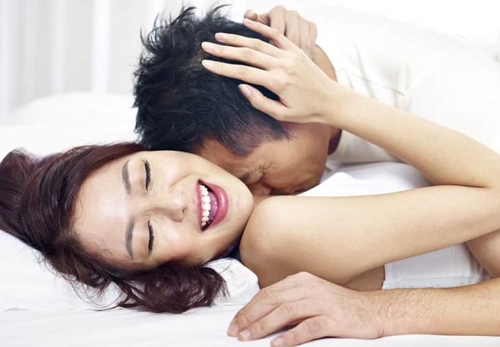 """Cách làm tình lâu ra khiến cả hai đạt được khoái cảm khi """"yêu"""""""
