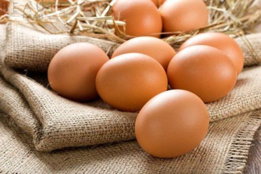 Trị mụn đầu đen bằng trứng gà được nhiều chị em tin dùng