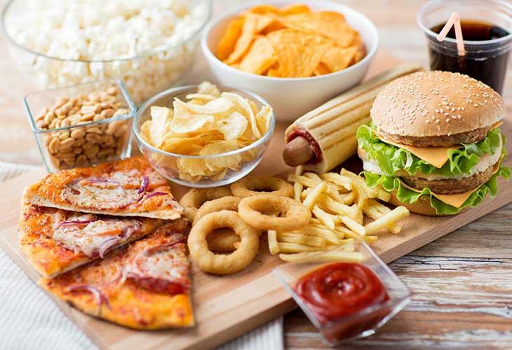 Chất béo là tác nhân gây mụn hàng đầu