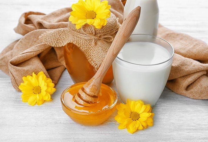 Cách chữa yếu sinh lý bằng mật ong và sữa tươi còn cực kỳ hữu hiệu để bổ sung năng lượng