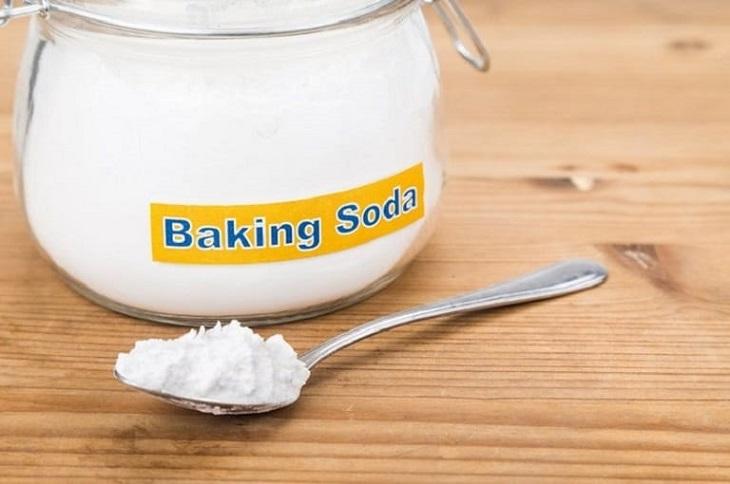 Dùng baking soda khi trị mụn sưng đỏ