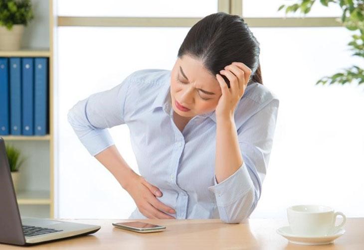 Huyết trắng màu xanh không mùi gây không ít rắc rối cho sức khỏe cũng như sinh hoạt của nữ giới