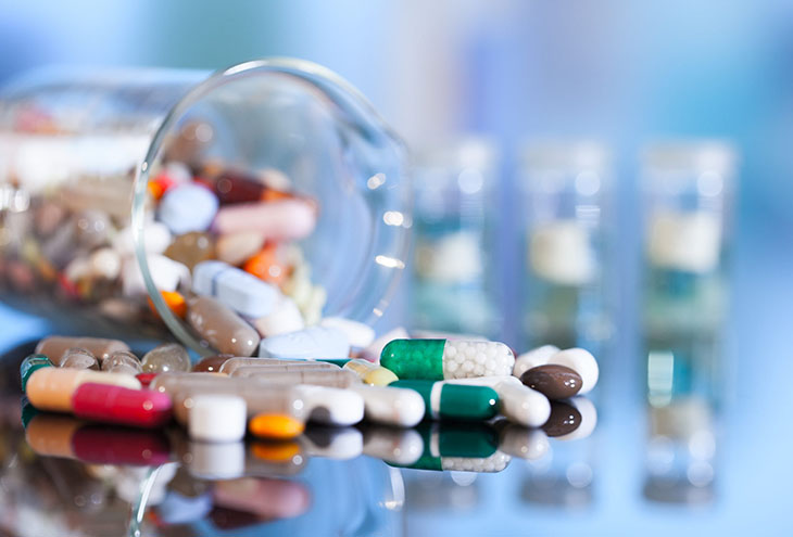 Một số loại thuốc Tây có tác dụng giảm nhanh các triệu chứng đau đớn, khó chịu nhưng chưa phải là giải pháp chữa bệnh tận gốc