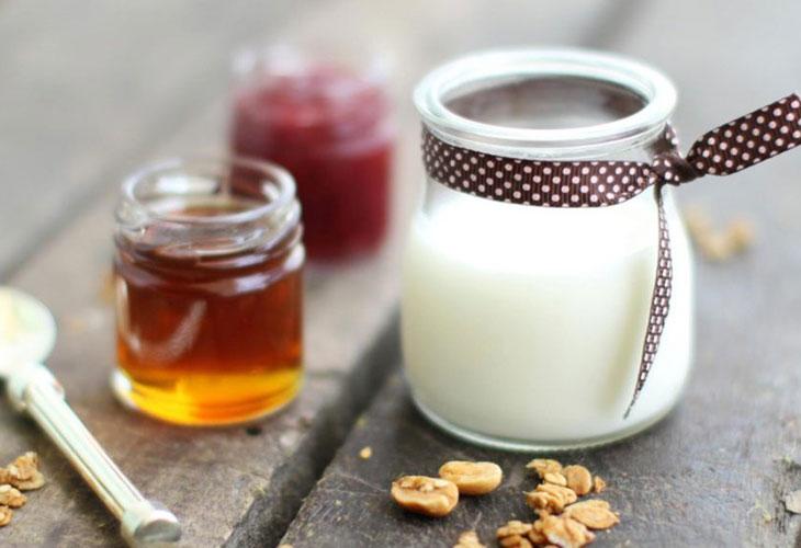 Sữa chua không đường hỗ trợ điều trị nám da hiệu quả