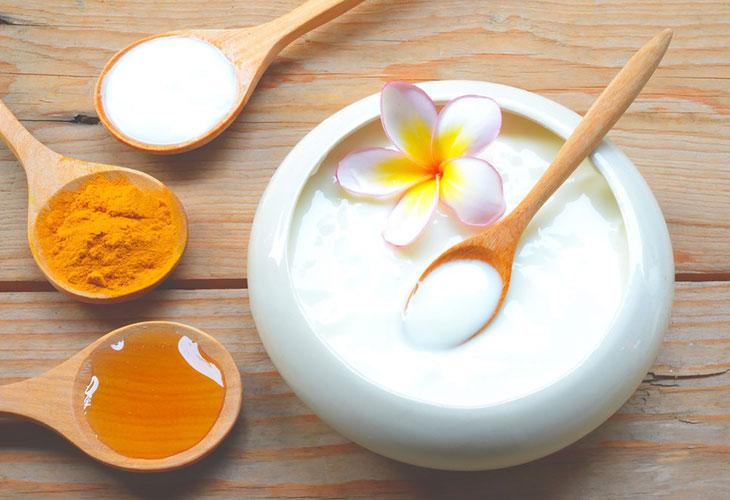 Mặt nạ trị thâm mụn sữa chua và bột nghệ tốt nhất