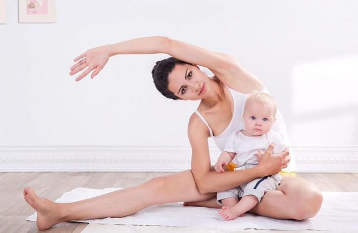 Vận động nhẹ nhàng giúp mẹ sau sinh cải thiện vóc dáng, duy trì làn da đều màu