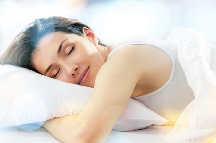 Ngủ đủ giấc để tăng cường sức khỏe cho làn da của bạn