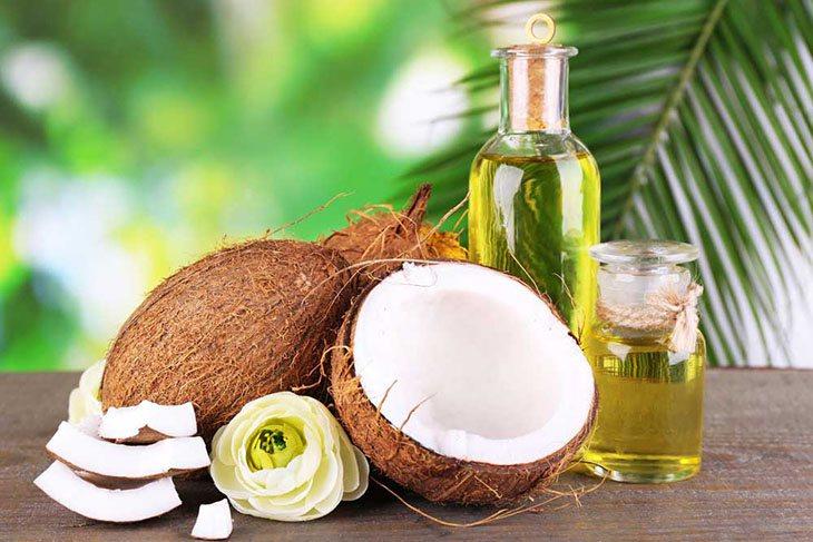 Tinh dầu dừa giúp giảm sạm đen do nám da sau sinh hiệu quả