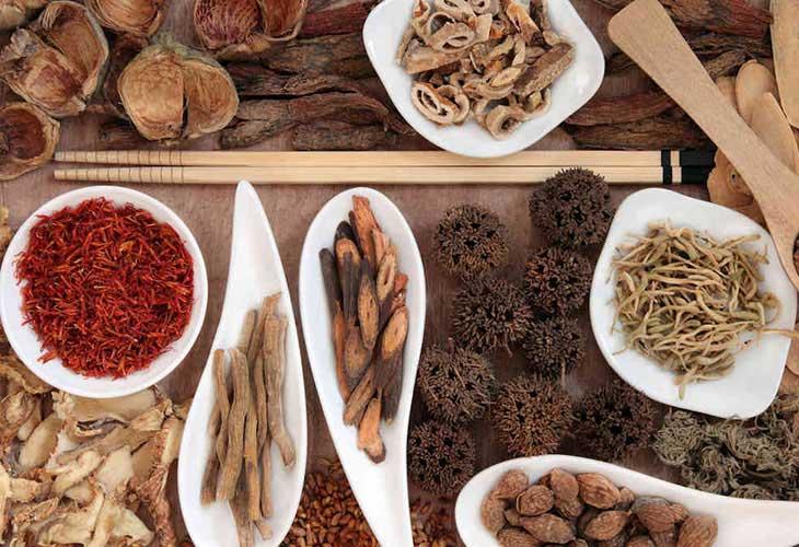 Những loại thuốc đông y trị mụn nội tiết hiệu quả