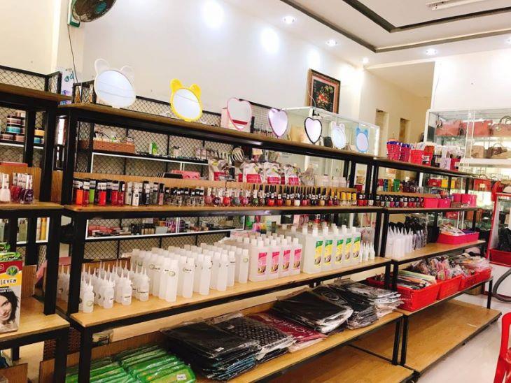 Người bệnh nên tìm đến các cửa hàng mỹ phẩm uy tín để mua sản phẩm
