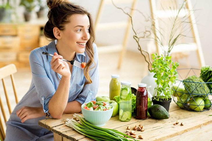 Người bệnh đảm bảo chế độ ăn uống khoa học để hỗ trợ quá trình điều trị