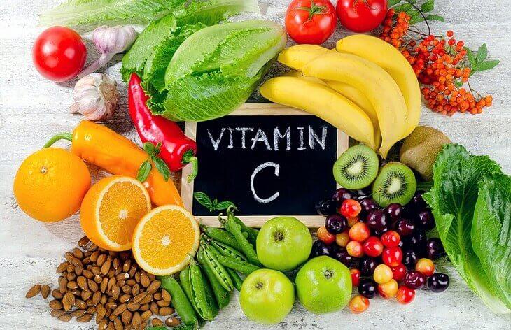 Xây dựng chế độ ăn hợp lý có thể giảm hình thành vết rạn mới và cải thiện độ đàn hồi cho da