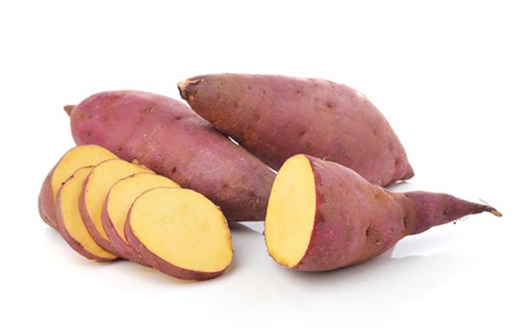 Củ khoai lang có thể được sử dụng để chữa rạn da sau sinh