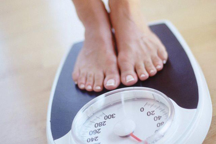 Cân nặng thay đổi trong thai kỳ khiến cấu trúc da bị đứt gãy, gây rạn da sau sinh