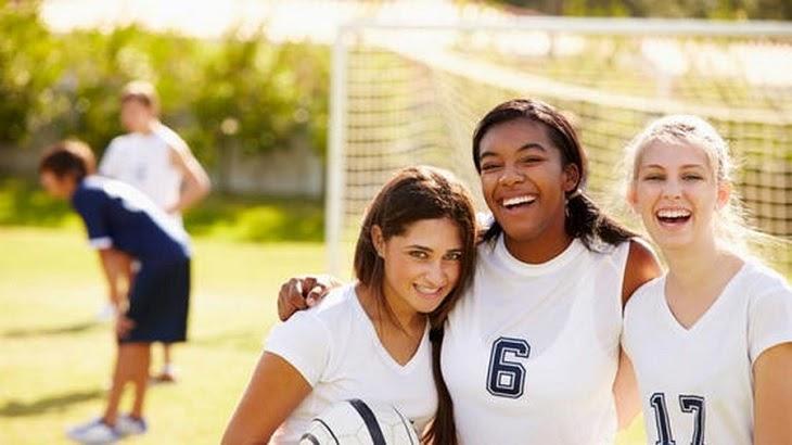 Luyện tập thể dục thể thao thường xuyên sẽ duy trì cân nặng ổn định, ngăn ngừa vết rạn da