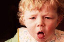 Trào ngược dạ dày thực quản ở trẻ em dễ gây sặc