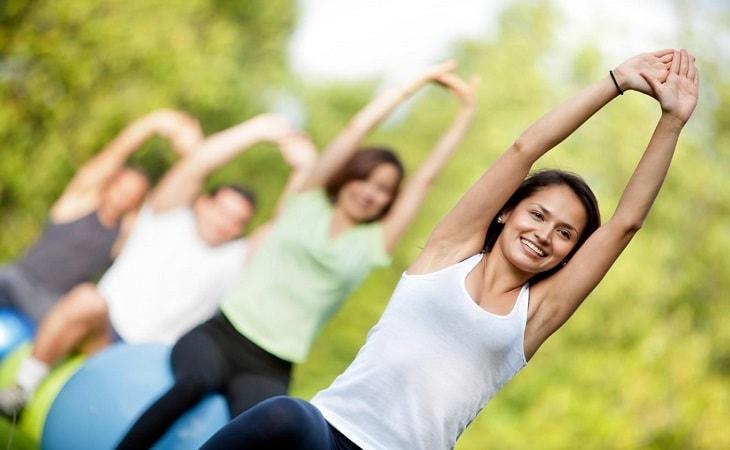 Cách chữa trào ngược dạ dày tốt nhất là tập thể dục, giữ tinh thần thoải mái