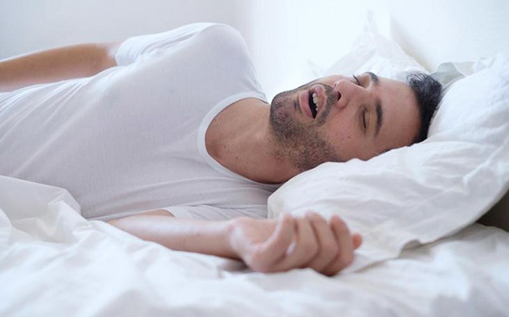 Trào ngược dạ dày khi ngủ do mắc bệnh về dạ dày