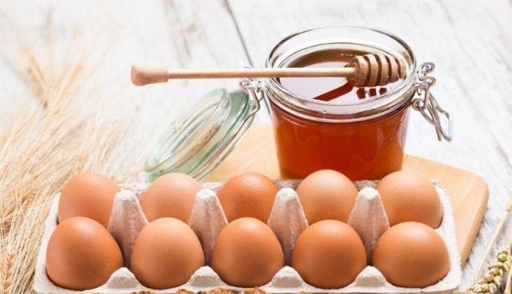 Xóa mờ vết thâm từ trứng gà và mật ong