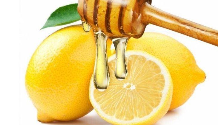 Chanh cùng mật ong phát huy khả năng làm mờ thâm hiệu quả