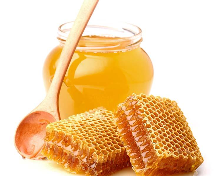 Dùng mật ong trị viêm họng hạt cho trẻ đơn giản mà hiệu quả