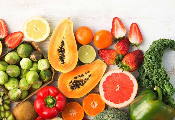 Vitamin C có nhiều trong hoa quả dùng để trị thâm hiệu quả