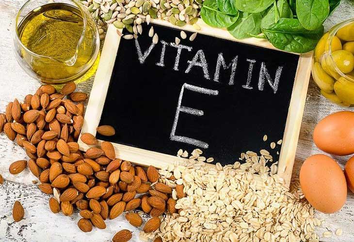 Cách trị mụn bọc ở trán bằng vitamin E rất hiệu quả