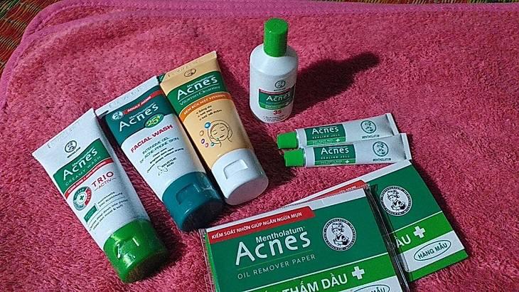 Để có tác dụng trị mụn hiệu quả, bạn nên dùng kem Acnes Medical Cream cùng bộ sản phẩm