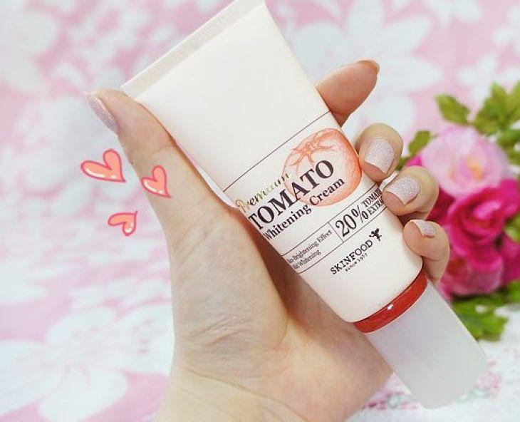 Kem trị nám tàn nhang Premium Tomato Whitening Cream - Skinfood
