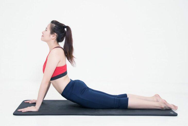 Tập luyện thể dục thể thao giúp làn da dầu hạn chế được mụn ẩn cũng như thanh lọc cơ thể