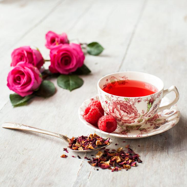 Trà hoa hồng mang đến nhiều công dụng cho sức khỏe