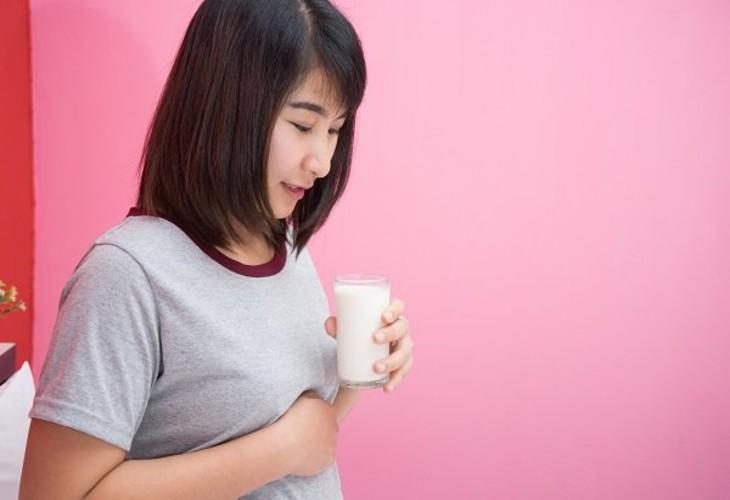 Cần lưu ý những gì khi bệnh nhân trào ngược dạ dày dùng sữa?