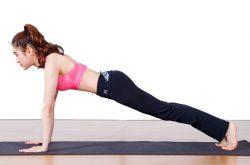 Plank cẳng tay là cách tập giảm mỡ bụng rất hiệu quả