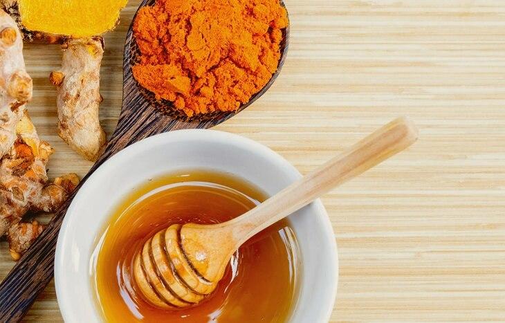 Nghệ kết hợp với mật ong sẽ tạo nên bài thuốc chữa hội chứng ruột kích thích hữu hiệu