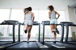 Cách tập gym giảm cân ngày thứ 2 đầu tuần với máy chạy bộ