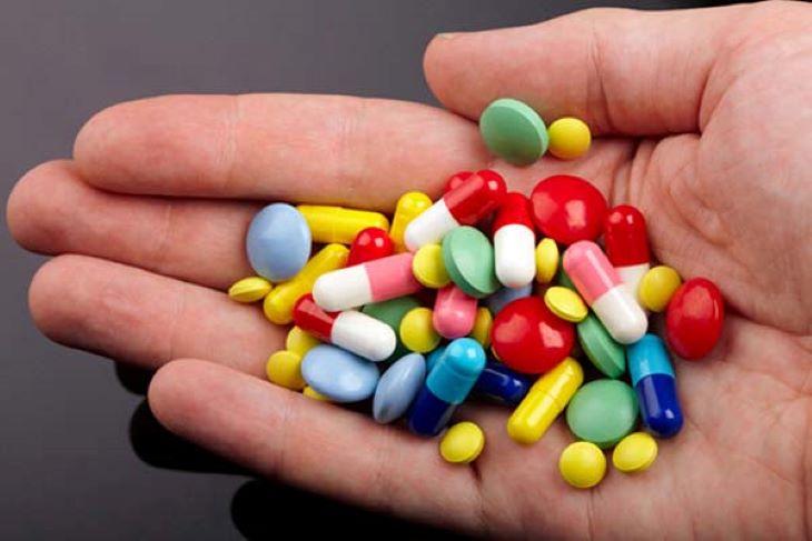 Một số thuốc tây có thể giúp cải thiện triệu chứng của bệnh đau thần kinh liên sườn