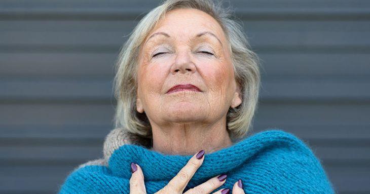 Bệnh lý đau dây thần kinh liên sườn gây khó thở thường gặp chủ yếu ở người già