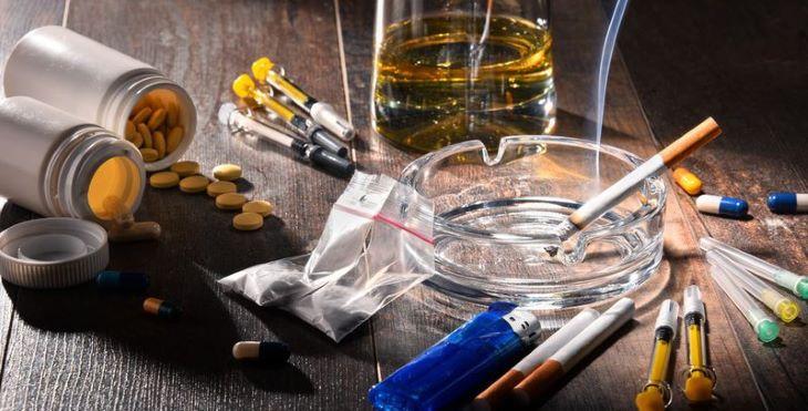 Tránh xa những chất kích thích như rượu, bia, thuốc lá khi đang bị đau dây thần kinh liên sườn