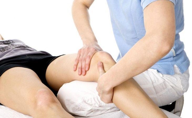 Điều trị thoái hóa khớp gối bằng vật lý trị liệu giúp phục hồi chức năng xương khớp