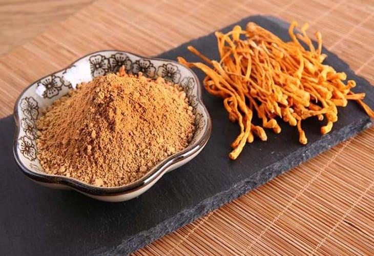 Đông trùng hạ thảo Đà Lạt có tác dụng gì cho sức khỏe?