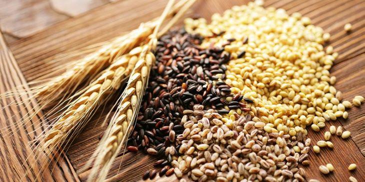 Ngũ cốc nguyên hạt có hàm lượng chất xơ cao nên rất tốt cho những ai bị vấn đề về tiêu hóa