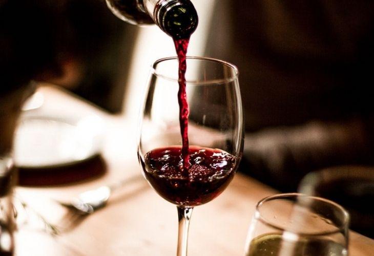 Rượu vang với nhiều công dụng tốt cho sức khỏe