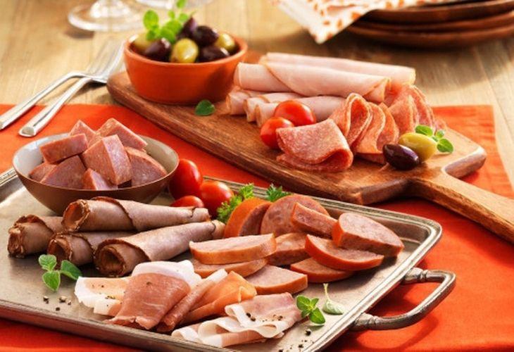 Dù mắc bệnh loãng xương hay không cũng cần tránh loại thực phẩm này