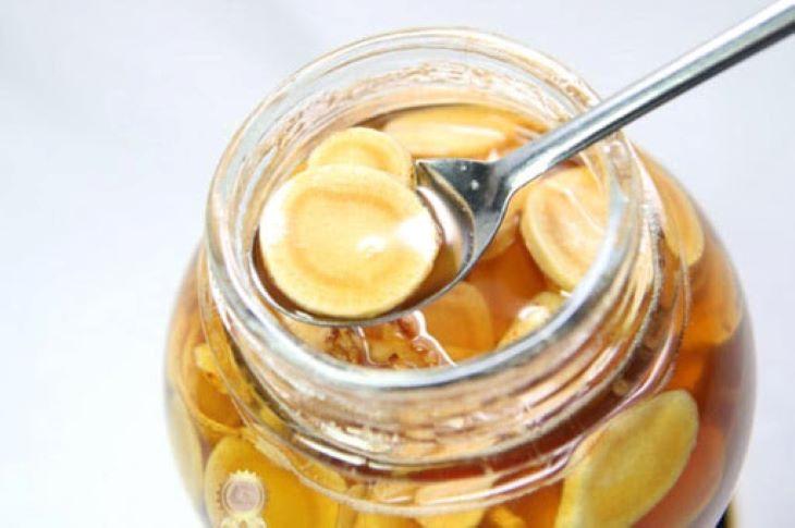 Ngoài việc dùng khô và dùng tươi người bệnh còn có thể sử dụng loại sâm này để ngâm mật ong