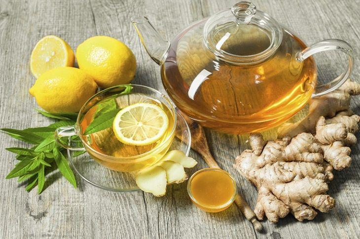 Trà gừng giúp giảm viêm và giảm hôi miệng do sỏi amidan