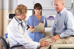 Thoái hóa khớp gối là bệnh mãn tính thường gặp ở người cao tuổi