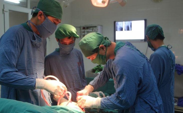 Phẫu thuật là phương pháp tối ưu, chấm dứt tình trạng đau do thoái hóa xương khớp gối