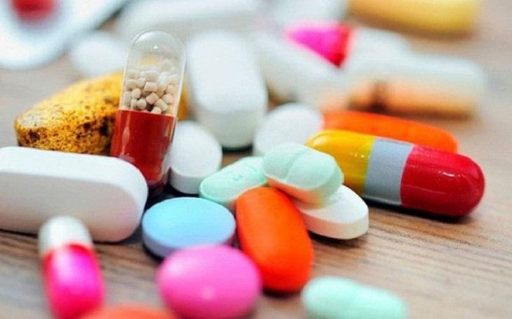 Thuốc Tây được dùng trong điều trị thoát vị đĩa đệm chèn dây thần kinh