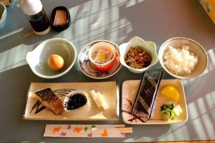 Nguyên tắc quan trọng trong thực đơn giảm cân cho nam là chia nhỏ bữa ăn