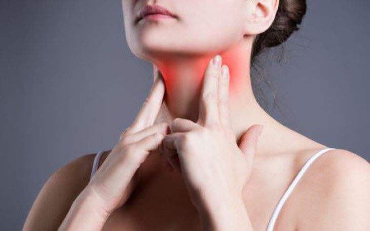 Uống nước đá là nguyên nhân gián tiếp gây viêm họng